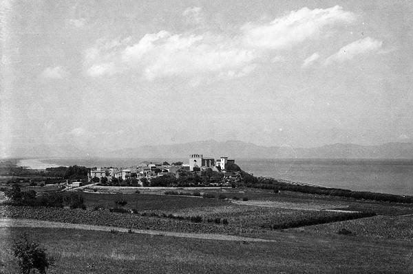 Vista del municipi de Sant Martí d'Empúries, L'Escala (Alt Empordà)1944. Autor: Desconegut. Generalitat de Catalunya, Departament de Cultura.