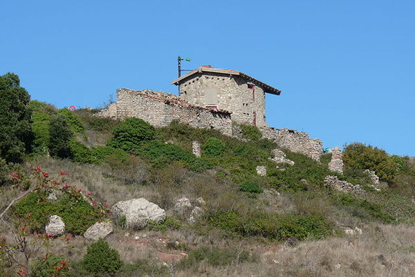 Refugi dels Cogullons, Montblanc (Conca del Barberà) 2009. Autor: Tabalot. Commons.Wikimedia.org