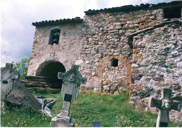 Restes del poble de Vilancós, Sarroca de Bellera (Pallars Jussà) 1970. Autor: Fons Gutiérrez. Arxiu Comarcal Pallars Jussà