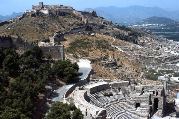 Castell i teatre romà de Sagunt (el Camp de Morvedre). 1984. Autor: Josep Santesmases i Ollé.
