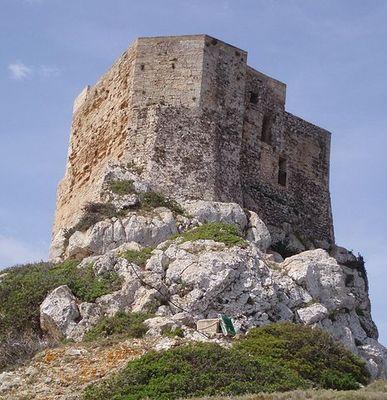 Imatge del Castell de Cabrera, Palma (Mallorca) 2006. Autor: J.Gomà. Creative Commons - Wikimedia.