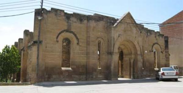 Imatge de l'Església Nova de Torrebesses, o també coneguda com l'Església que va matar el fred. Torrebesses (Segrià). 2011. Autor: Viatgepercatalunya.