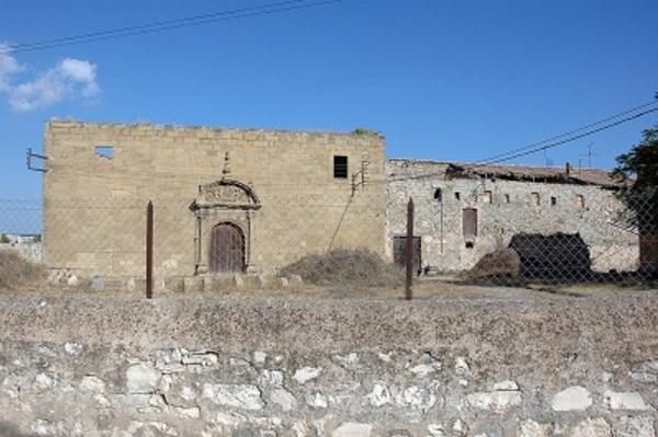 Vistes de les restes del Convent de les Llagues de Sant Francesc de Calaf. (Anoia) 2007. Autor: www.monestirs.cat , www.monestirs.cat/monst/anoia/an05plag.htm